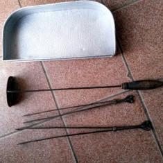 Set - 2 buc. Cleste Soba Lemne Vatrai Clesti + Cenusar SOBA + Tava Argintie