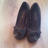 Pantofi cu toc Euro-Seif ; Marimea 36 ; Aspect 9,5/10 ; Culoare : Negru !