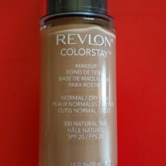 Revlon Colorstay Normal- Skin Dry 330 Natural Tan - Fond de ten Revlon, Lichid