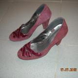 Vand pantofi de dama din piele intoarsa - marimea 36