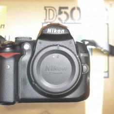 DSLR Body NIKON D5000 - DSLR Nikon, Body (doar corp), 12 Mpx, HD