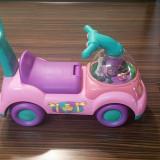 Fisher Price Masinuta Impingator Princess Ride-On - Antemergator Little People