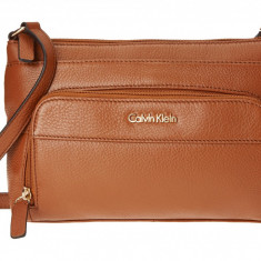 Geanta Calvin Klein Key Items H3JEA2CB | 100% original, import SUA, 10 zile lucratoare z12107 - Geanta Dama Calvin Klein, Geanta de umar, Maro, Piele