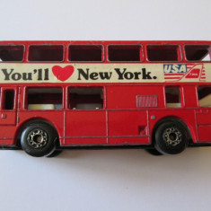 MACHETA METALICA MATCHBOX SCARA 1/124 DIN 1981 AUTOBUS ETAJAT YOU'LL NEW YORK - Macheta auto Matchbox, 1:125