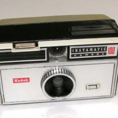 Kodak Instamatic 100 pentru piese sau reparat - Aparat Foto cu Film Kodak
