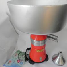 Separator de smantana centrifugal electric COMPLET METALIC NOU