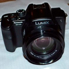 Aparat foto Panasonic DMC-Fz20 - Aparat Foto compact Panasonic, 8 Mpx, 12x