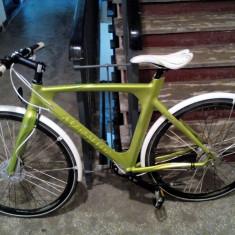Bicicleta AVENUE BRODWAY premium bike - Bicicleta de oras, 22 inch, 28 inch, Numar viteze: 7, Aluminiu, Verde