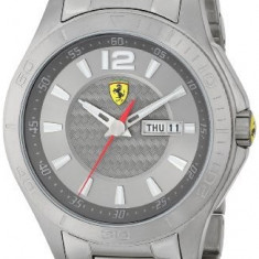 Ferrari Men's 0830106 Analog Display   100% original, import SUA, 10 zile lucratoare a22207 - Ceas barbatesc Ferrari, Lux - sport, Quartz