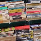 Lot de 100 Carti Vechi Beletristica Pret Foarte Mic - Roman, Anul publicarii: 1989