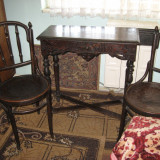 Mobila veche; masa + 2 scaune + Cuier(COLECTIE), Mese si seturi de masa, 1800 - 1899