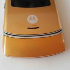 Telefon Mobil Motorola V3 Auriu/Roz/Albastru/Verde