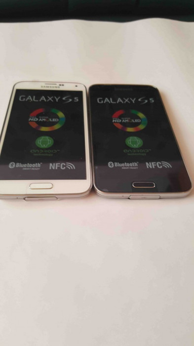 Telefon mobil Samsung Galaxy S5 SM-G900F foto mare