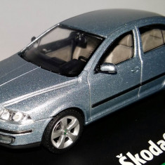 ABREX Skoda Octavia II sedan 1:43 - Macheta auto Hot Wheels