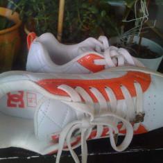 Skate shoes cu ștrasuri DC Alliance originali - Adidasi dama Dc Shoes, Culoare: Alb, Marime: 38.5, Piele naturala