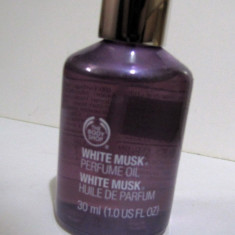 The body shop-WHITE MUSK- perfume oil (ulei parfumat) 30ml - Parfum femeie