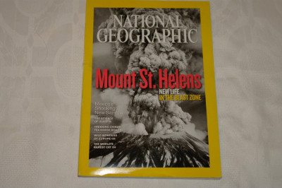 National Geographic - may 2010 - Mount St. Helens - New life in the blast zone foto