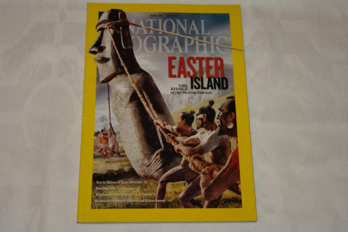 National Geographic - july 2012 - Easter island-The riddle of the moving statues