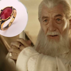 Inel LORD OF THE RINGS - LOTR - Modelul Gandalf - Rosu cu Diamant - Inel fashion