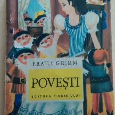 Povesti - Fratii Grimm/ ilustratii de Done Stan - Carte de povesti