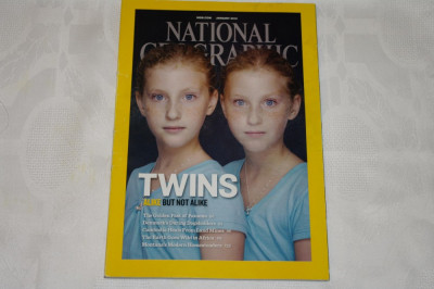 National Geographic - january 2012 - Twins - Alike but not alike foto
