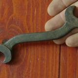 Scule - unelte vechi - cheie fix 14/16 - model deosebit !!! - Metal/Fonta