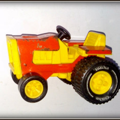 Jucarie veche tractor Tonka - 1976 - Colectii