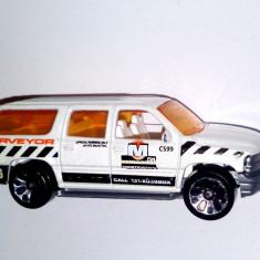 Matchbox Chevrolet Suburban - 1999 - Macheta auto Matchbox, 1:64