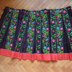ZAVELCA / VALNIC ZONA MEHEDINTI - Costum popular