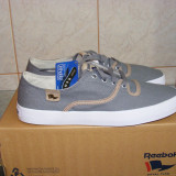 Tenisi Reebok Royal Level Pumps din panza nr. 42,5 si 44