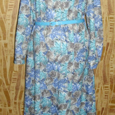Rochie model clasic din jerse subtire, vintage, anii 70, nuante de albastru - Haine vintage