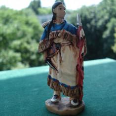3303.Figurina din rasina AMERICAN NATIVE Femeie Apache scara 1:32