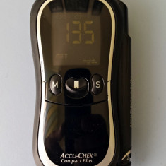 Glucometru ACCU-CHEK Compact Plus Model GT interfata PC infrarosu