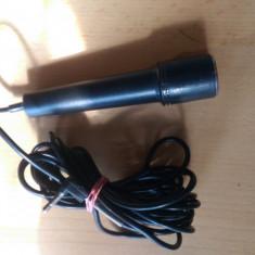Microfon simplu pe mufa jack