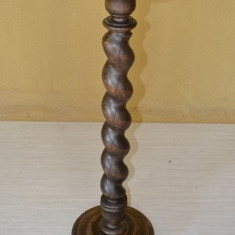 Piedestal neo-baroc