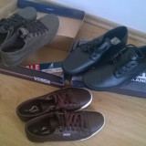 Tenesi pantofi incaltaminte sport Kangol Kula, marime 41 maro si negrii