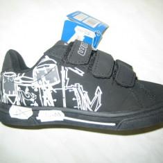 Pantofi sport skate WINK;cod FB036-1V(alb);-2V(mov);-4V(negru);marime:28-33 - Pantofi copii Wink, Marime: 29, 30, 31, 32, Unisex, Piele sintetica