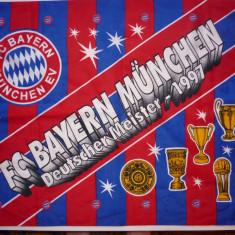 Steag fotbal - BAYERN MUNCHEN (dimensiuni 93 X 68 cm), De club