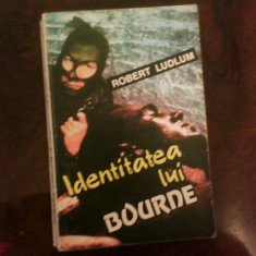 Robert Ludlum Identitatea lui Bourne