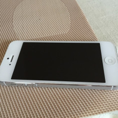 iPhone 5 Apple White 16GB, Alb, Neblocat