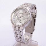 Ceas dama Geneva argintiu bratara metalica cristale superb cutie cadou, Elegant, Quartz, Metal necunoscut, Analog, Nou