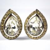 Cercei vintage, model lacrima, cristale Bohemia fatetate pear cut, gold silver, clips, bijuterii America, postbelici, piese colectie, REDUCERE