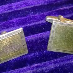 Butoni eleganti antici argint 836 cu placuta de aur galben