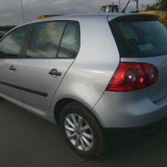 Vindem pompa ulei VW Golf 5 2.0 tdi BKD