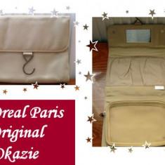 Portofel pentru cosmetice L`Oreal Paris cu agatatoare - Geanta cosmetice