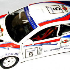 MACHETA METALICA Bburago, FORD FOCUS, SCARA 1/24, MADE IN ITALY, TRANSPORT GRATUIT !!! - Macheta auto