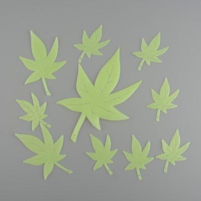 Ornament fluorescent tavan - model ganja, frunza marijuana foto