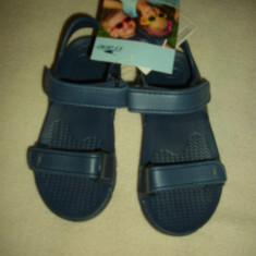 Sandale copii, NOI, marca Crane, Marime: 26, 27, 28, Culoare: Bleumarin, Roz, Unisex, Cauciuc