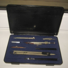Trusa mare Original Richter Copernicus, complete, stare buna. Marimi 30/14cm. - Instrumente desen