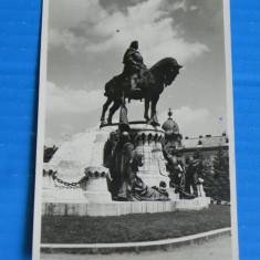Carte postala VECHE KOLOZSVAR CLUJ NAPOCA STATUIA LUI MATEI CORVIN . judetul CLUJ (v024 - Carte Postala Transilvania dupa 1918, Necirculata
